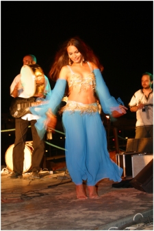 Belly Dance show Yasmin Jordy